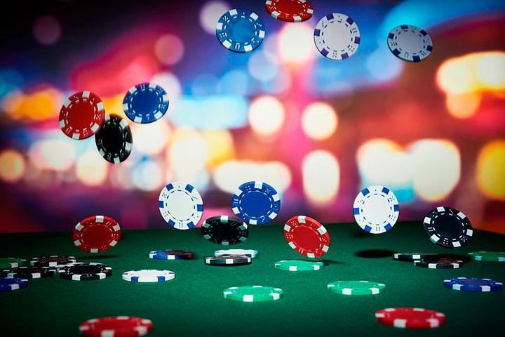 как играть в бадуги покер онлайн
