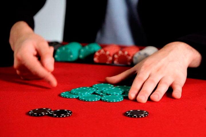 как выиграть в бадуги покер